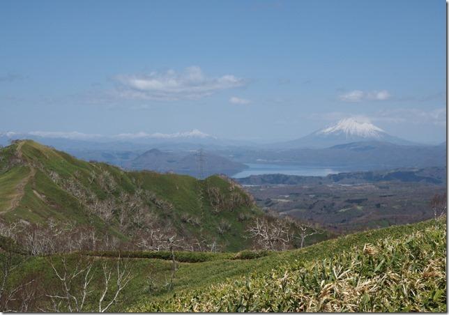 11前紋別岳から洞爺湖方面の眺望(紋別岳)0509_1